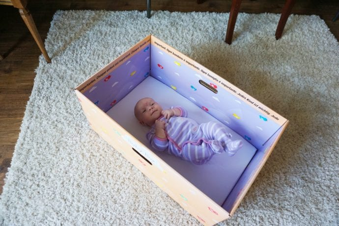 FREE Baby Box University Resources are now available in CA including a FREE Baby Box for all parents. #BabyBox #BabyBoxUniversity